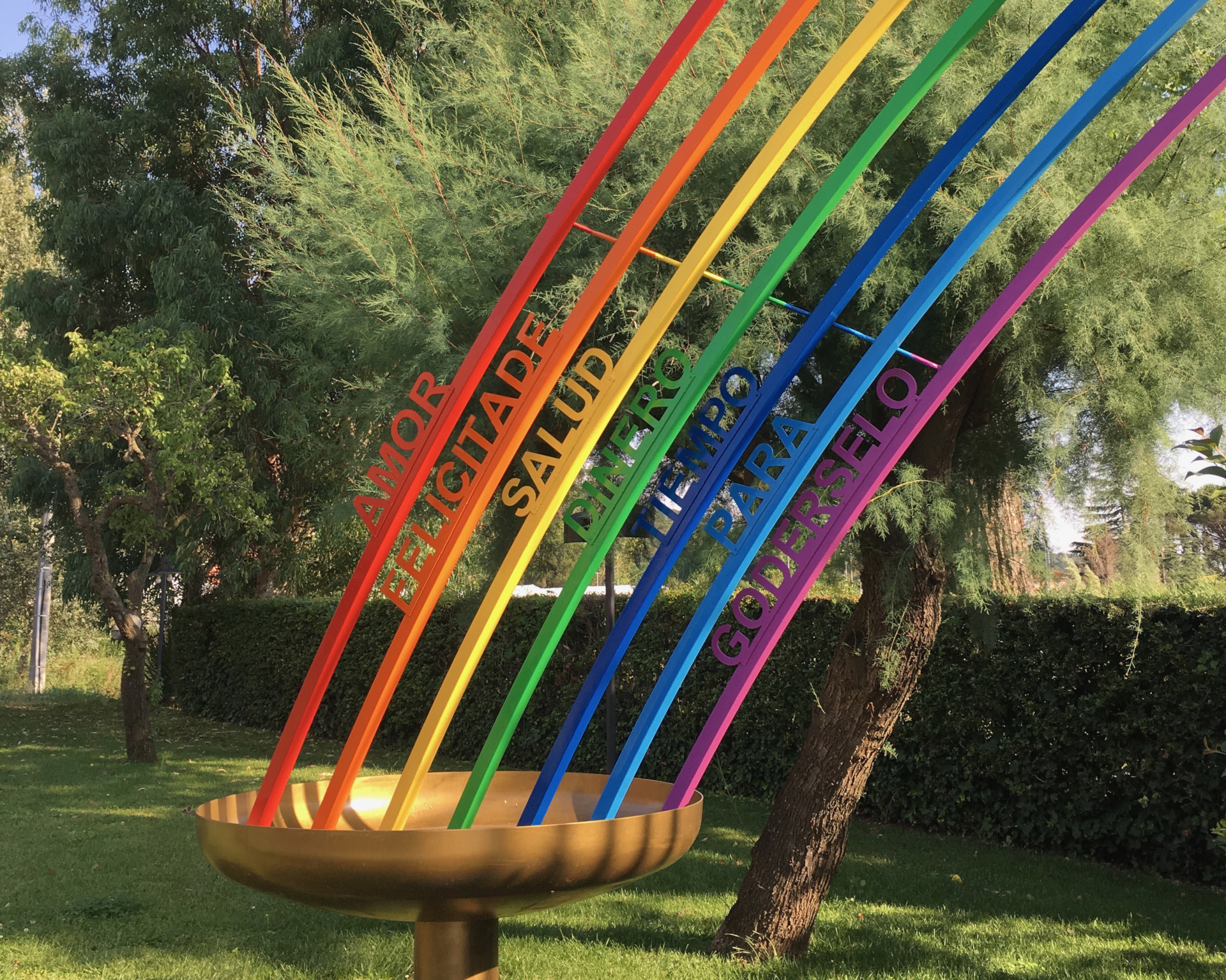 podere lovolio massarosa fondazione pomara scibetta opere d'arte l'arcobaleno
