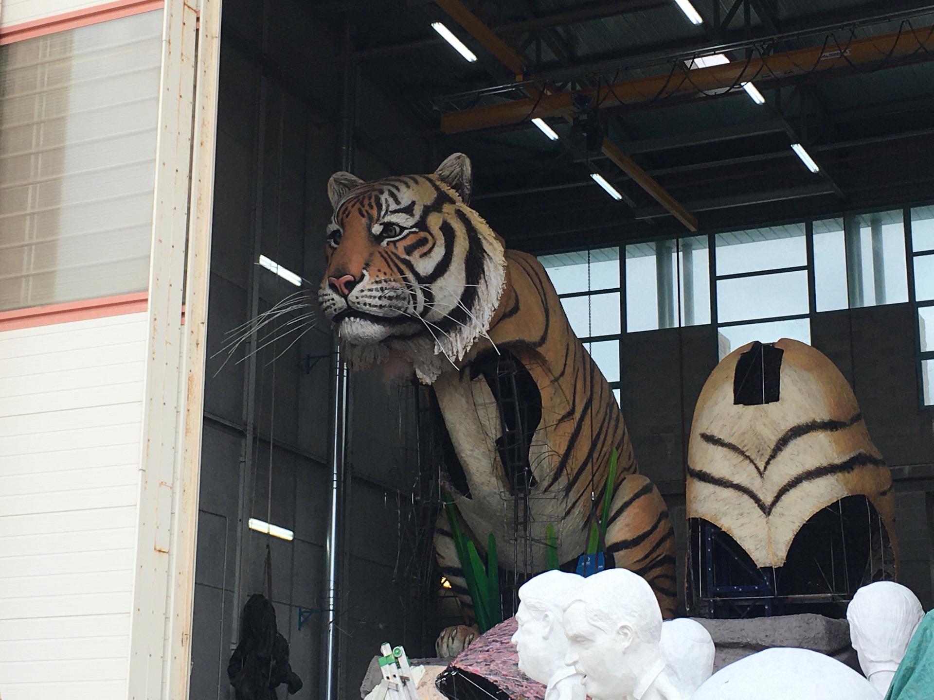 blogging breakfast di carnevale a caccia di un lieto fine di luca bertozzi la maestosa tigre